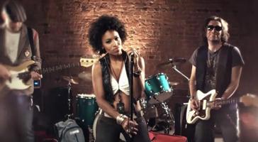 Karen Ringo 'Baggage' music video